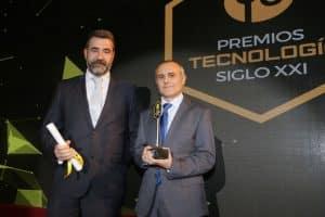 David Quirós y José Gil, recogiendo el Premio Nacional de Tecnología S.XXI