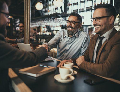 La relación entre compañeros: la clave de un buen ambiente laboral
